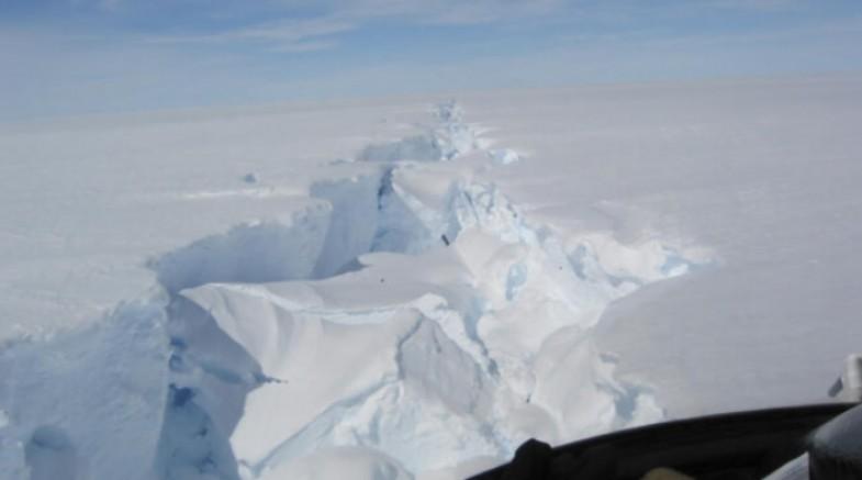 Antartika'da Malta'nın 5 katı büyüklüğünde buz parçası koptu