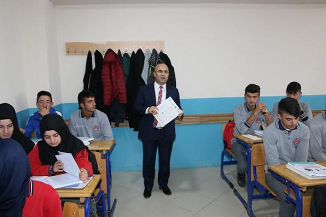 Başkan Altun'dan eğitime destek