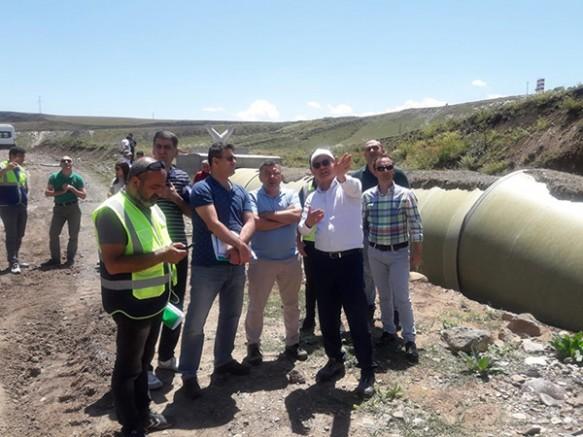 DSİ Genel Müdürlük Heyeti Ünlendi ve Kars Barajını inceledi