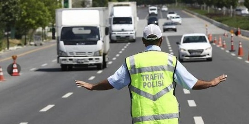 Kars'ta, 225 araç ve sürücüsüne trafik cezası