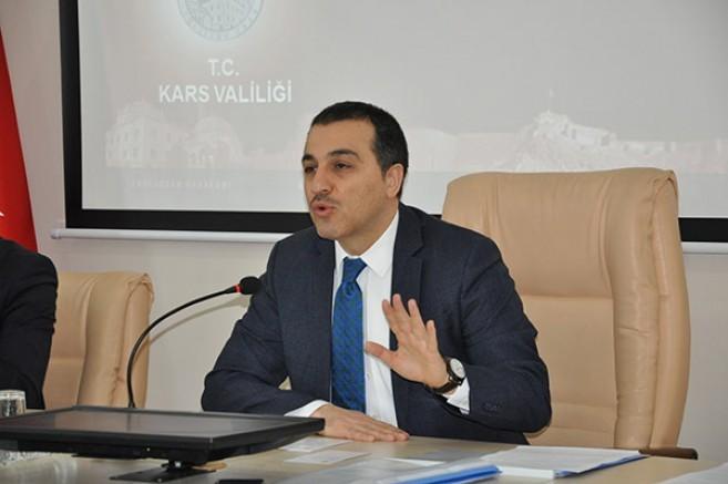 Kars Valisi Türker Öksüz Kurban Bayramın da vatandaşları uyardı